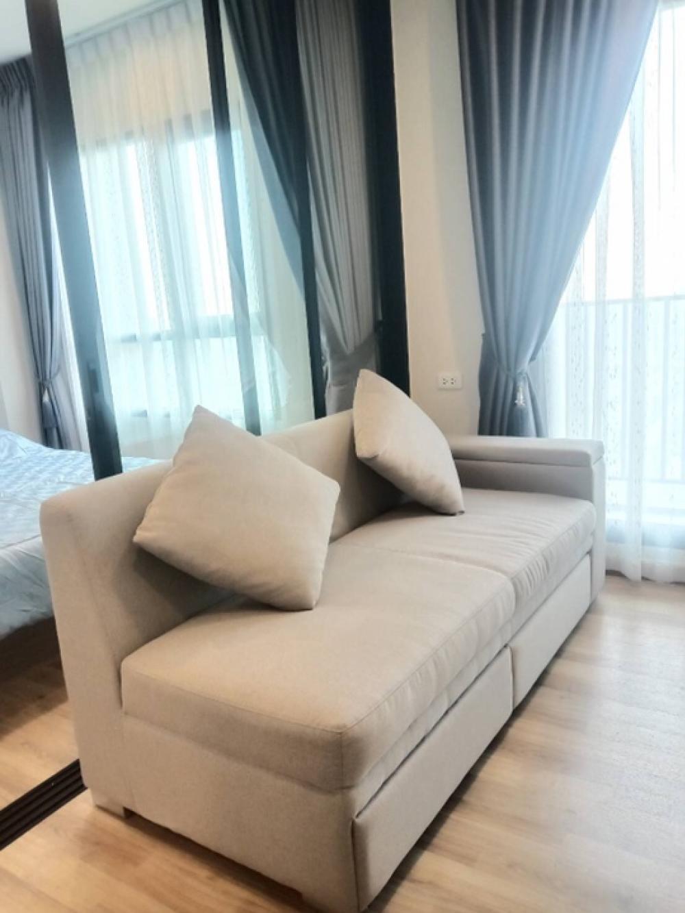 เช่าคอนโดบางนา แบริ่ง : FOR RENT Condo Niche Mono Sukhumvit Bearing Close BTS Bearing 250 meter ให้เช่าคอนโดนิชโมโน สุขุมวิท แบริ่งใกล้บีทีเอสแบริ่ง 250 เมตรTHB 11,900New Room All new furniture Fully furnished and electric appliances Ready to move in Size 31 Sq.m 32 th Floor 1 B