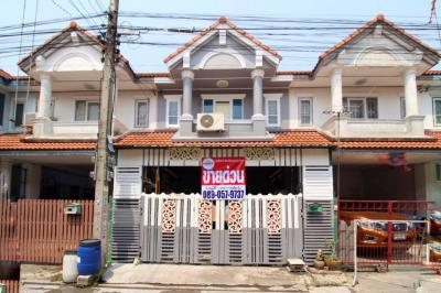 For SaleTownhouseSamut Sakhon : 2-storey townhouse for sale, Kanda Village, Soi Pantai Norasing, Rama 2, 18 sq.w., decorated with new paint, adding Take care of the house very well