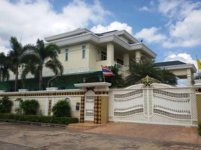 For SaleHousePinklao, Charansanitwong : 3-storey mansion for sale, Amornchai 3 Soi Boromarajonani 72, Boromarajonani Road, Sala Thammasop, Thawi Watthana, Bangkok
