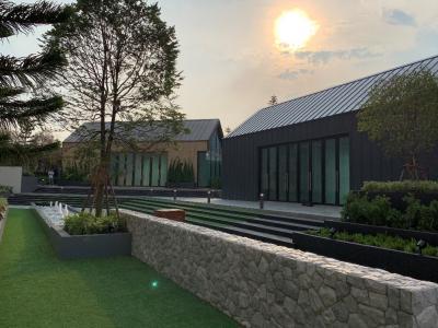 เช่าคอนโดรัชดา ห้วยขวาง : Owner Post ให้เช่า Chapter one Eco รัชดา ห้วยขวาง ห้องมุม ห้องสวยมากๆ เฟอร์ครบ พร้อมอยู่ วิวสระว่ายน้ำเต็มๆ เห็นจากห้องนอนและห้องนั่งเล่น