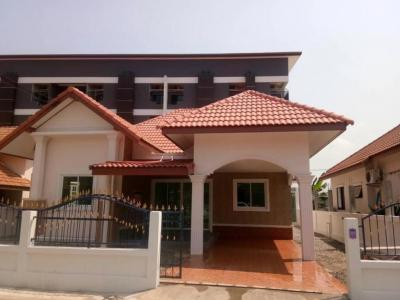 ขายบ้านระยอง : Single house, large area, large kitchen, Rayong city, near school