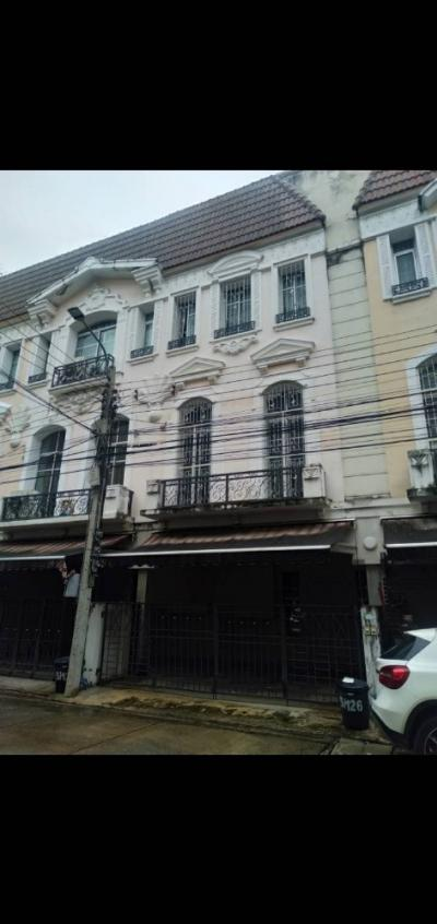 For RentTownhouseSapankwai,Jatujak : Townhouse for rent in Baan Klang Muang, Monte Carlo Ratchavipha, 3 floors, 3 bedrooms, 4 bathrooms, near Central Ladprao 32000 per month