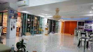 For SaleCondoLadprao, Central Ladprao : ขายคอนโดโฟร์สตรีท แมนชั่น ซ.พหลโยธิน 24 ชั้นสูงสุด (ชั้น 22) ห้องเพนท์เฮ้าส์พื้นที่ 250 ตรม. ใกล้ BTS