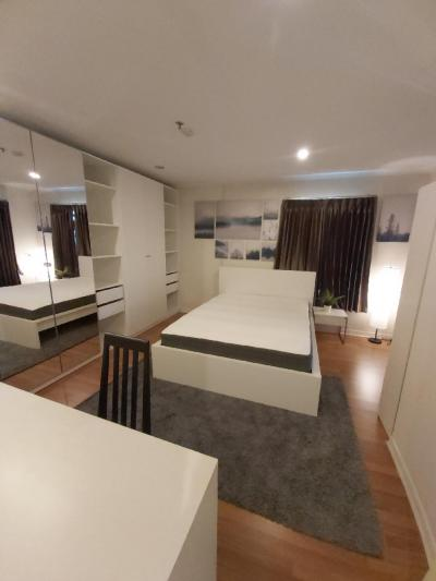 For RentCondoSapankwai,Jatujak : Lumpini Place Phahol - Sapankhwai 2Bedroom+2Bathroom with a Bathtub for Rent