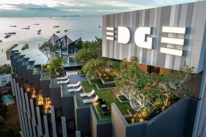 For SaleCondoPattaya, Bangsaen, Chonburi : Condo for sale in Edge Central Pattaya, 30 sqm. 4.89 million