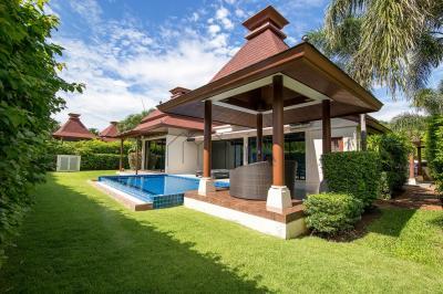 ขายบ้านหัวหิน ประจวบคีรีขันธ์ : Pool Villa at Hua Hin Soi 101 for Sale