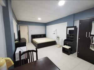 For RentCondoRatchadapisek, Huaikwang, Suttisan : A0832 ++ RENT ++ Ratchada City Condo Pracharatbamphen Soi 7 Studio 28 sqm. * MRT Huai Khwang