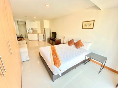 For RentCondoSukhumvit, Asoke, Thonglor : Pet Friendly > Capital Sukhumvit 30/1 (Studio 35 Sqm) @BTS PhromPhong 15,500 THB