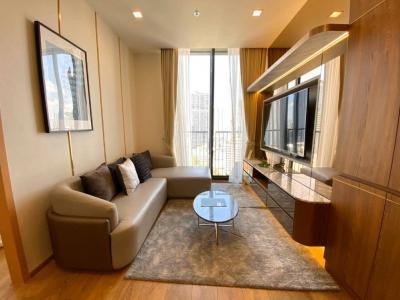 For RentCondoSukhumvit, Asoke, Thonglor : *** Urgent Rent *** Noble BE 33 2 Bedroom Size 52 sq.m., Floor 18 *** Built in Style ***