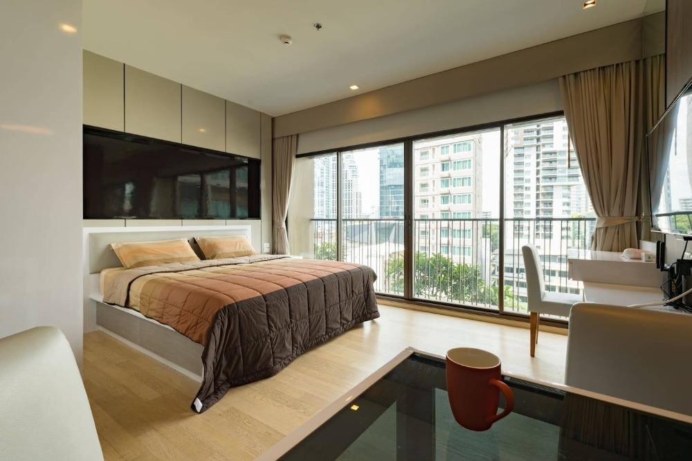 For SaleCondoSukhumvit, Asoke, Thonglor : For sale, Condo Noble Refine Sukhumvit 26. 8th floor, size 35 sqm.