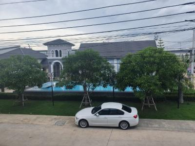 For RentTownhouseBangna, Lasalle, Bearing : For rent townhome, Golden Town Project, Bangna-Suan Luang 3