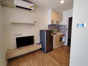 For RentCondoNawamin, Ramindra : Rent H2 condo, Ramintra 21, Wood Building, 1 bed, 23 sq.m., with washing machine