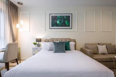 For RentCondoWitthayu,Ploenchit  ,Langsuan : For Rent ** Life One Wireless, new room, first hand Very beautiful decoration Ready to move in **