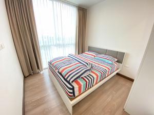 For RentCondoRamkhamhaeng, Hua Mak : For rent Condo Chewathai Ramkhamhaeng 31 sqm. Floor 11 8,000 baht