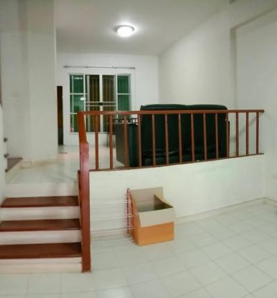 For RentTownhouseLadprao 48, Chokchai 4, Ladprao 71 : 3-storey townhome for rent at Baan Klang Muang Chokchai 4 near the Prab.