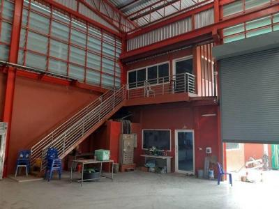For RentFactorySamrong, Samut Prakan : Factory for rent and sale, warehouse building area 864 sq.m. with Ror. Ror. 4, Phra Samut Chedi District, Samut Prakan Province
