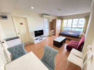 For RentCondoRamkhamhaeng, Hua Mak : For rent, Condo Lumpini Ramkhamhaeng 44, 30 sqm, 15th floor, 7,500 baht 064-9598900