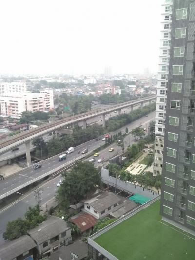 For RentCondoThaphra, Talat Phlu, Wutthakat : For rent, Aspire Sathorn-Thapra. 30.62 sqm. 1 bedroom, 1 bathroom, 16th floor 15,000 baht / month