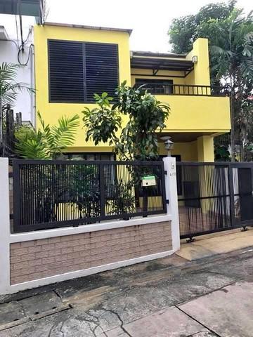 For RentHouseRama3 (Riverside),Satupadit : RH319 House for rent. Modern style, 2 floors, 3 bedrooms, 3 bathrooms, near MRT Lumpini