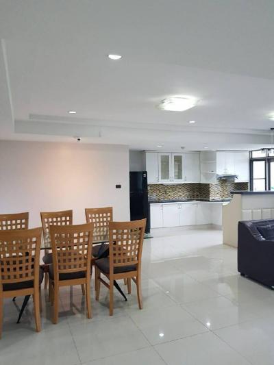 For RentCondoSukhumvit, Asoke, Thonglor : (HOT DEAL) 3 Bed 140 sqm @Royal Castle Sukhumvit 39 only 40,000 THB @BTS PhromPhong
