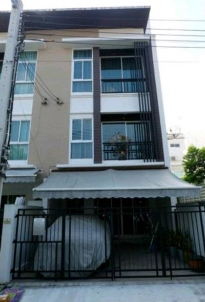 For SaleTownhouseLadprao 48, Chokchai 4, Ladprao 71 : Sell 3-story townhome, Baan Klang Muang Ladprao-Chokchai 4 With fully furnished With electrical appliances