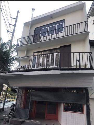 For RentShophouseOnnut, Udomsuk : RP086 Commercial building for rent, 4 floors, 1.5 booths, behind the corner of Sukhumvit 46, near BTS Phra Khanong.