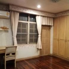 For RentHouseAri,Anusaowaree : 2 storey detached house for rent, Soi Aree Samphan 4, near BTS Ari.