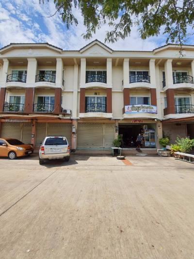 For SaleShophouseSamut Sakhon : 3 storey commercial building for sale, Kittiya City Village, 38 sq. W., Phet Kasem-Phutthamonthon Sai 4, Soi Sukhaphiban 2, Om Noi