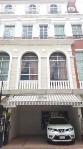 For RentTownhouseSathorn, Narathiwat : For rent Baan Klang Krung Sathorn Narathiwat