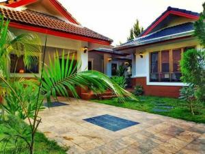เช่าบ้านเชียงใหม่-เชียงราย : AE0105 ปล่อยเช่า บ้านสวย ใกล้โรงเรียนนานาชาติ เปรม แม่ริม เชียงใหม่ หมู่บ้านสมหวังวิวดอย