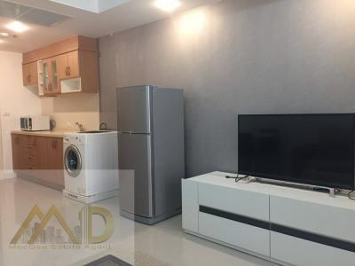 For RentCondoRama3 (Riverside),Satupadit : [For rent] Supalai Casa Riva ,Chao Phraya river view and nearby BTS Sapan Taksin station and BRT Sapan Phraram 3 station.