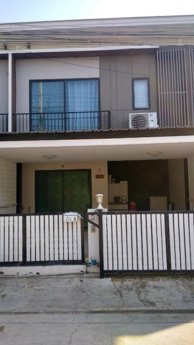 For RentTownhouseLadkrabang, Suwannaphum Airport : Townhouse for rent in The Connect Village (Onnut-Wongwaen 2)