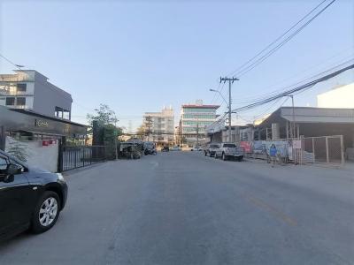 For SaleLandPattanakan, Srinakarin : Land on Phatthanakan 32 Road, just 50 meters into the alley