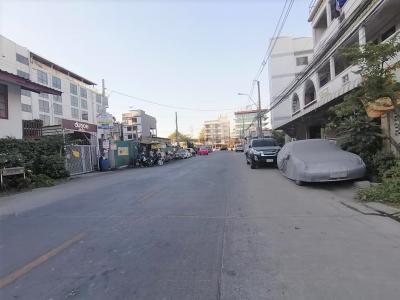 ขายที่ดินพัฒนาการ ศรีนครินทร์ : ขาย ที่ดิน ถนนพัฒนาการ 32 ทรงสี่เหลี่ยม เข้าซอย เพียง 100 เมตร