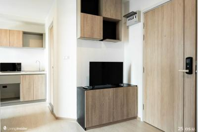 For RentCondoBangna, Lasalle, Bearing : Luxury condo, Soi Lasalle, near BTS Bearing, rent is only 6,000 baht, room size 25 sq m.
