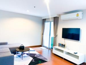 For RentCondoRama9, RCA, Petchaburi : For rent, BELLE GRAND or BELLE AVENUE RAMA 9, near MRT Rama 9, fully furnished, 48 sq. M.