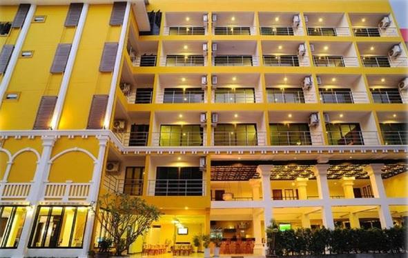 ขายขายเซ้งกิจการ (โรงแรม หอพัก อพาร์ตเมนต์)ภูเก็ต ป่าตอง : ขายโรงแรมบูติกขนาด 3 ดาว ใกล้หาดป่าตอง 60ห้อง(ติดทรัพย์)