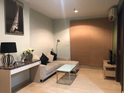 For RentCondoRatchadapisek, Huaikwang, Suttisan : SK00579 available for rent Rhythm Ratchada | Rhythm Ratchada | Size 46 sq m. Floor 20 * MRT Ratchadaphisek.