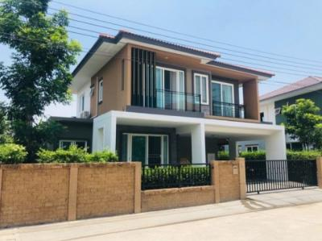 For SaleHouseLadkrabang, Suwannaphum Airport : House for sale, Golden Village, Onnut 65, size 52.90 Sq.