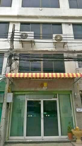 For SaleShophouseBangna, Lasalle, Bearing : Sell 6 storey commercial building, Sukhumvit 105 Road Soi Lasalle 52-54 Near Sikarin junction