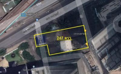 For SaleLandWongwianyai, Charoennakor : Land for sale on Ratchapruek Road 247 sqw. In front of Aspire Sathorn-Tha Phra project