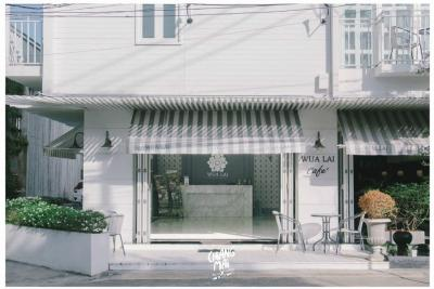 For SaleBusinesses for saleChiang Mai : Quick sale!! Land and buildings Wualai Boutique Hotel and Hostel (total 2 title deeds) on Wua Lai Road, Chiang Mai, good location near Chiang Mai city attractions. Saturday walking street