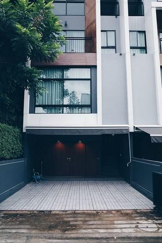 ขายทาวน์เฮ้าส์/ทาวน์โฮมลาดพร้าว71 โชคชัย4 : ขายทาวน์โฮม3.5ชั้น Arden Ladprao 71 Loft Style ห้องมุม ใกล้ สตรีวิทยา 2 และ Central East Ville