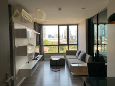 เช่าคอนโดสุขุมวิท อโศก ทองหล่อ : ให้เช่า ห้องใหม่ สวย คอนโด The Room Sukhumvit 40    ใกล้ BTS เอกมัย ประมาณ 600 ม.