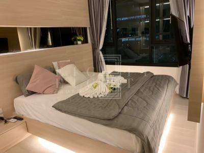 เช่าคอนโดพระราม 9 เพชรบุรีตัดใหม่ : For Rent Life Asoke (54 sqm.)