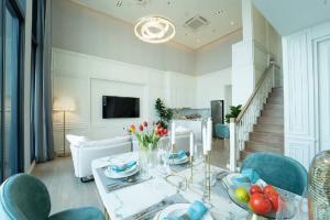 For SaleCondoSukhumvit, Asoke, Thonglor : Sell Penthouse C Ekamai Top floor, luxury decoration