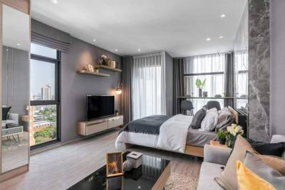 For RentCondoSukhumvit, Asoke, Thonglor : *** Urgent rental *** Rhythm Ekkamai beautiful decoration room ** 1 bedroom 30 sq.m., 17th floor, ready to move in