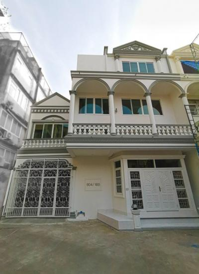 For SaleTownhouseRama3 (Riverside),Satupadit : Sell / rent beautiful townhouse 6 bedrooms, Sathu Pradit-Rama 3, near Sathorn Ratburana, doing office or large family living. The house has just been fully renovated.