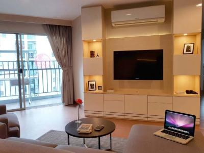 For RentCondoRama9, RCA, Petchaburi : Rent 3 Bed 2 Bathroom Belle Grand Rama 9 Good deal 55k discount to 45k. Nice decoration with Pool view*