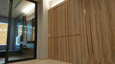 For RentCondoWitthayu,Ploenchit  ,Langsuan : * For Rent * Life One Wireless 1 bed 35 sqm. Fully Furnished.